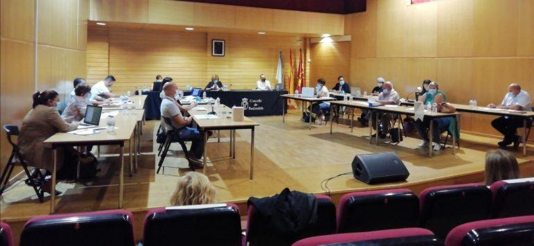 O pleno debateu cales serán os festivos locais no 2021